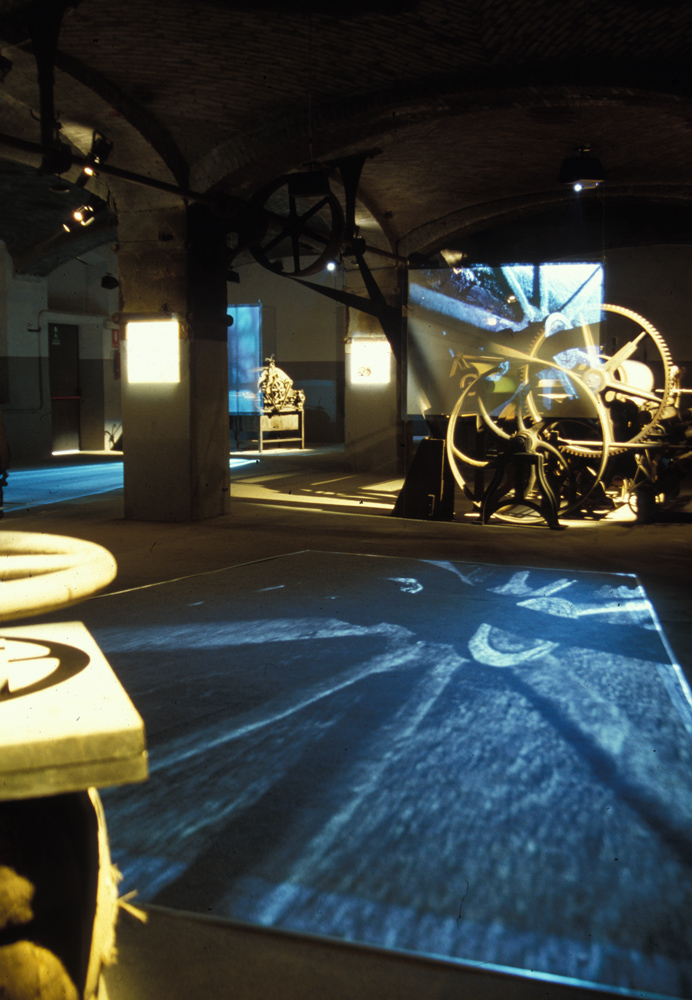 """<b>Pray Biellese, """"Fabbrica della ruota"""", ex lanificio Zignone; allestimento della mostra """"Sul filo della lana"""", 2005</b><br />"""